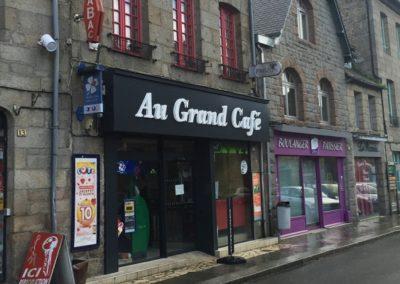 «Au grand café» (22)